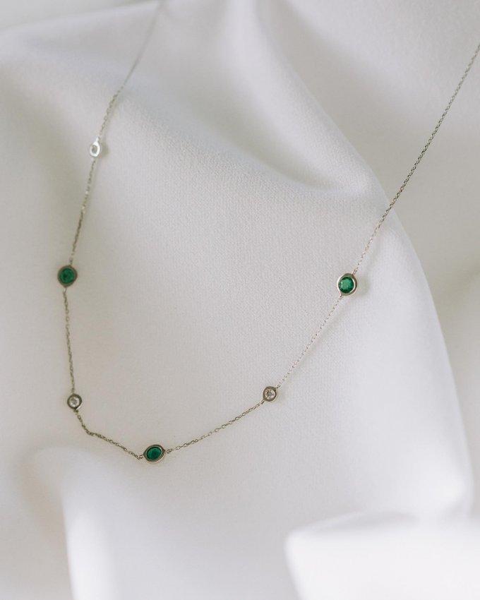 Dopřejte si kvalitní šperk, který vás bude těšit roky... 🤍 Na našem webu právě probíhá sleva 20% pro členy Klenoty Klubu.❣️Nabídka končí 31.3.2021 #klenotyaurum #sperkynejsouhrich #necklace #diamond #jewelry #whitegold