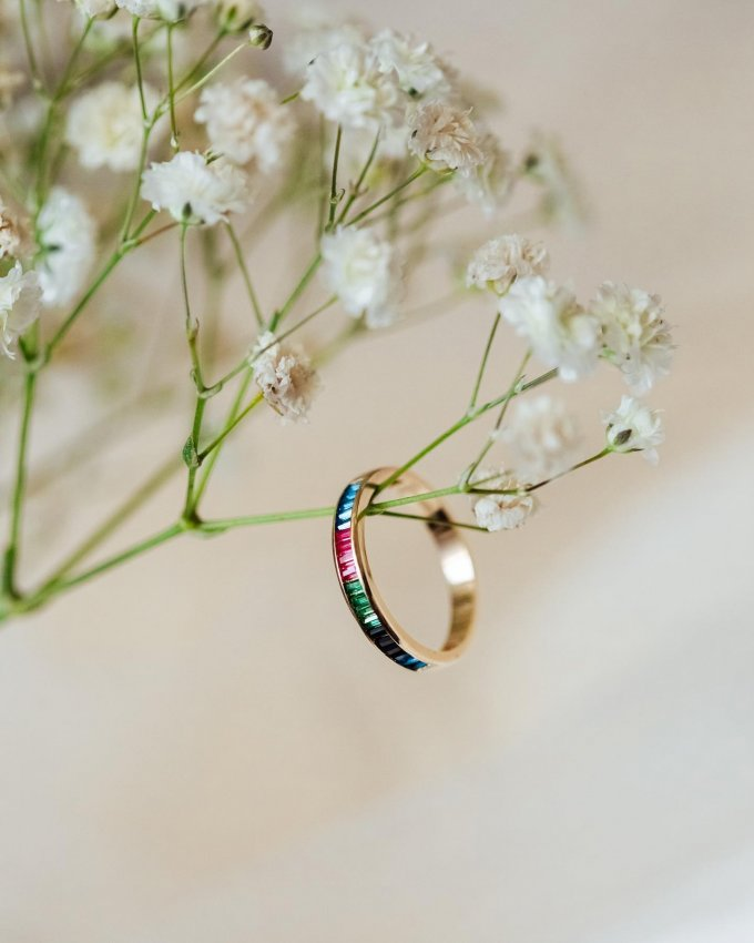 Přejeme vám krásný První máj plný lásky. 🌸💘 #1máj #prvnimaj #klenotyaurum #sperkynejsouhrich #sperk #sperkzlasky #prsten #ring #love #colorring #gold #colors #yellowring