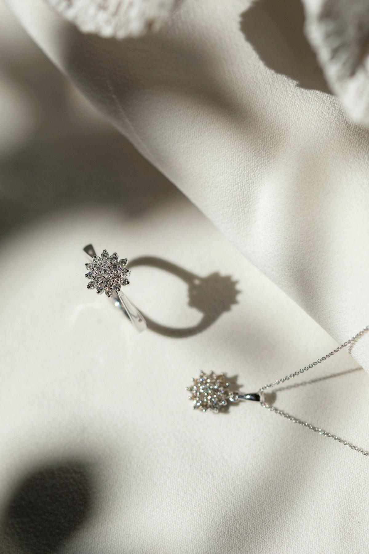 Kolekce briliantových šperků 999