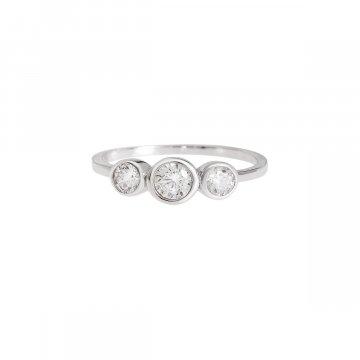 Prsten se syntetickými kameny 126-258-1102